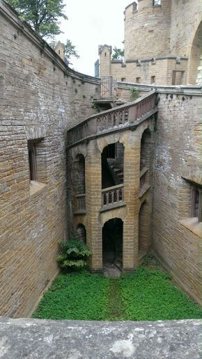 Castillo De Hohenzollern Hechingen Alemania Hohenzollern Castle Germany Castles Castle House
