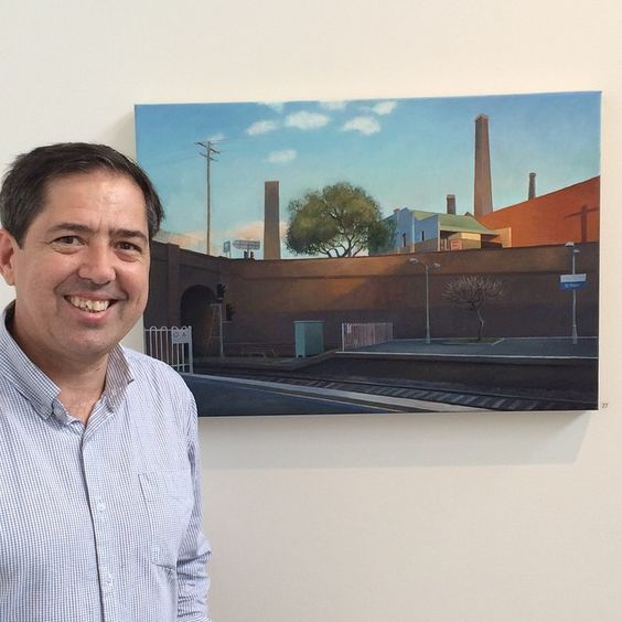 Kevin McKay dropped by the Gallery today! He is having a plein air show with us in March/April next year. Kevin is pictured here with his generously priced work in our Christmas ($1,000) Show, 'Frangipani tree, St Peters'. #innerwest #painting #pleinair