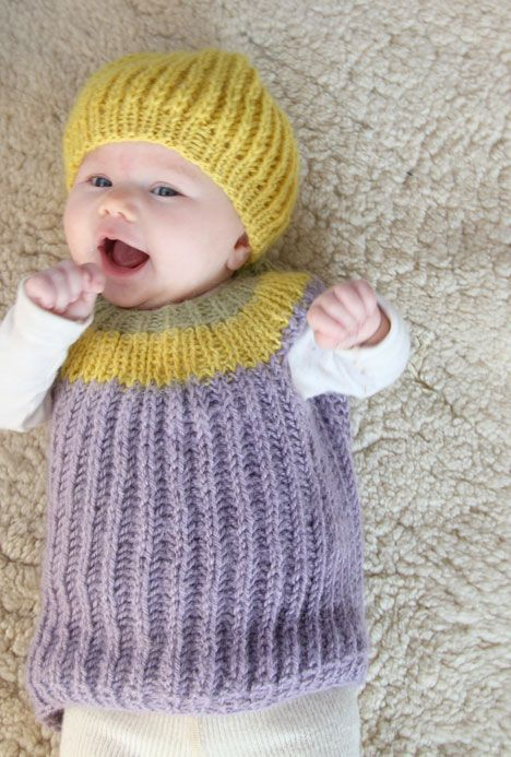 Knitting In The Round Baby Patterns : Too cute! Free pattern for bubble dress and beanie warm woollen mittens P...