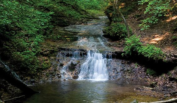 Wisconsin Dells: Favorite Places Spaces, Wisconsin Up Iowa Outdoors, Devil S Lake, Wisconsin Places, Fav Places, Amazing Places, Glen Devil S, Cool Places