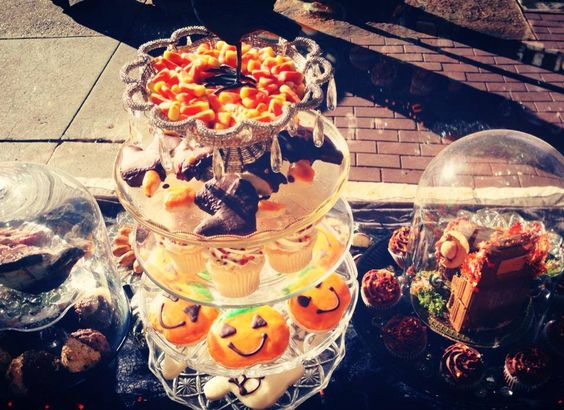 Trick-or-Treat. Our town's bakeries are full of all sorts of tempting sweet treats today. Happy #Halloween!
