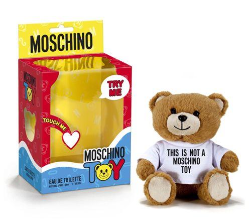 BEM-VINDO AO E.S.P FASHION BLOG BRASIL: Jeremy Scott Launches Moschino Toy Perfume at Harr...