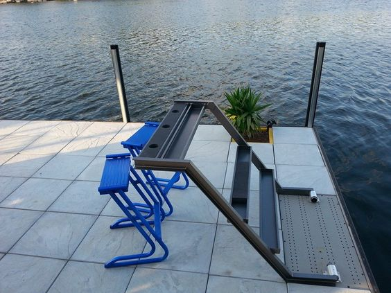 Look It S A Dock Ladder Look It S A Bar Some Lake Of The
