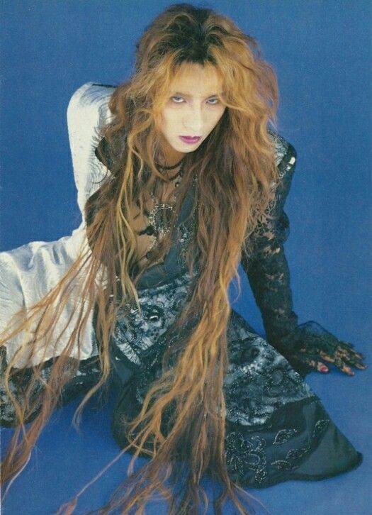 Yoshiki Princess Hair Visual Kei Gackt Stevie Nicks Style