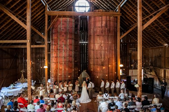 Barn Beauty and Vintage Flare | The Red Dirt Bride