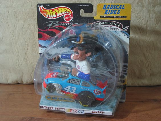 HOT WHEELS 1999 Richard Petty Radical Rides 1/43 Nascar Driver And Car Parody   https://ajunkeeshoppe.blogspot.com/