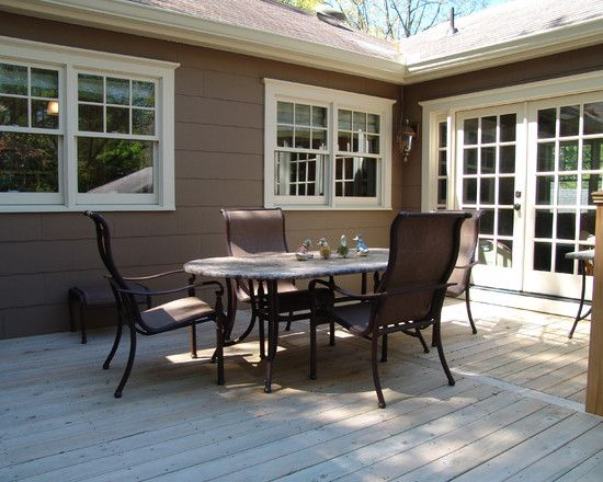 Traditional porch window trim design for the home for Exterior window trim design