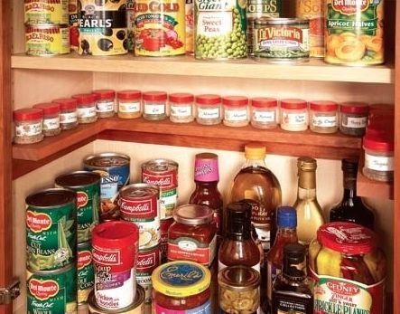para quem tem pouco espaço interno nos armários de cozinha esta é uma ótima opção