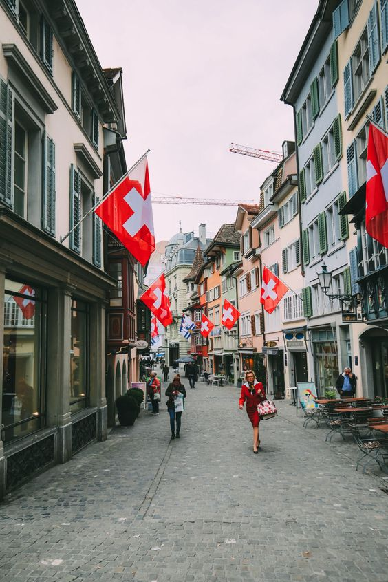 A 24 Hour Guide To Zurich, Switzerland - Hand Luggage Only - Travel, Food & Photography Blog