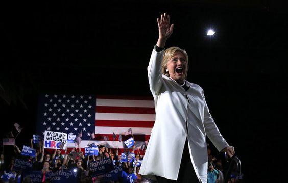Clinton ganha à grande na Superterça-feira mas Sanders mostra-se resiliente