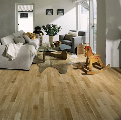 Kahrs lecco oak engineered wood flooring matt lacquered for Kahrs flooring