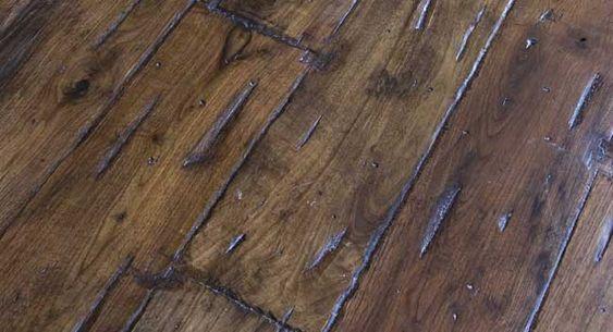 Kuidas Puitpindadele Kulunud Ilme Anda With Images Aging Wood Distressed Wood Diy Diy Hardwood Floors