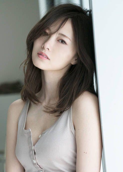 色っぽい白石麻衣