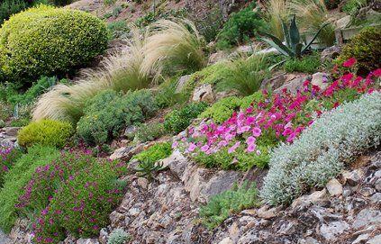 Cr er une rocaille comment et d co for Decoration jardin rocaille