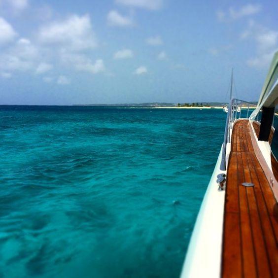 Life needs boating.