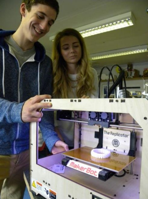 UK grants £500K funds to bring 3D printers to 60 schools
