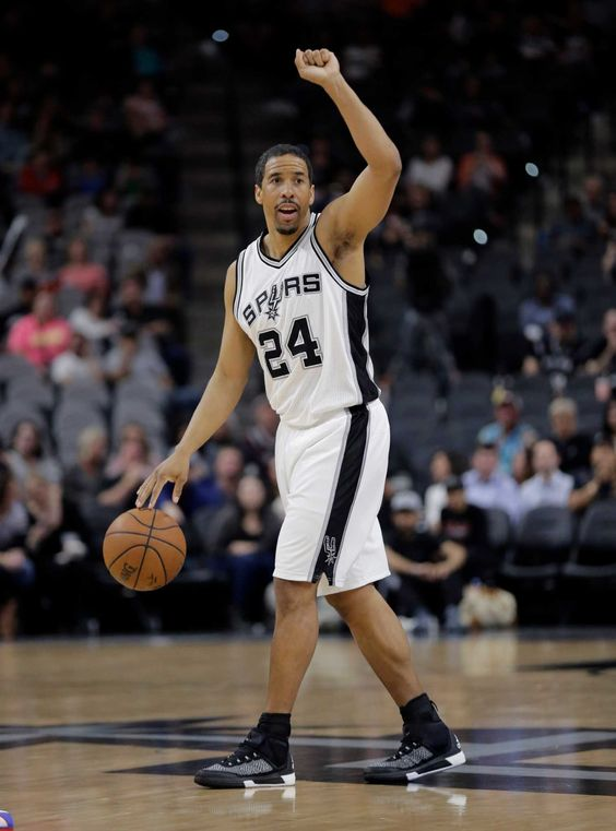 Point/Counterpoint: Will Andre Miller make a difference?