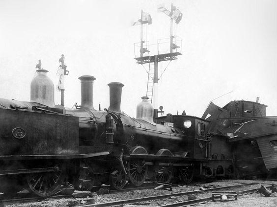 30 november 1918 - Twee goederentreinen botsten bij station de Vork bij Nijmegen. Dit kwam doordat de machinist van de trein uit Nijmegen het stopteken negeerde. Hierdoor overleden drie mensen, raakten zes mensen gewond en beschadigden twaalf treinwagons.