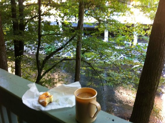 Riverhouse at the Park (Gatlinburg) brought us coffee and doughnuts each morning