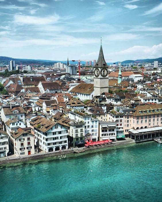 Zürich, Switzerland • | ©Maria