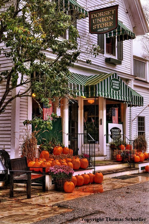 The country store, Dorset, Vermont | a gorgeous drive from Country House Bed & Breakfast
