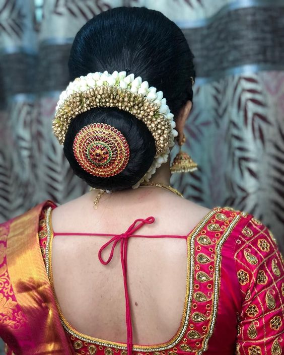 Shopzters | 10 Creative Ways to Accessorize Your Hair-buns With Jewellery!
