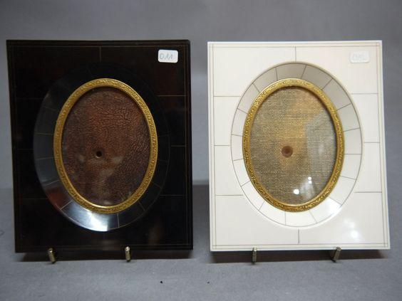2 sehr schöne & stilvolle Bilderrahmen  mit ovalem Bildausschnitt