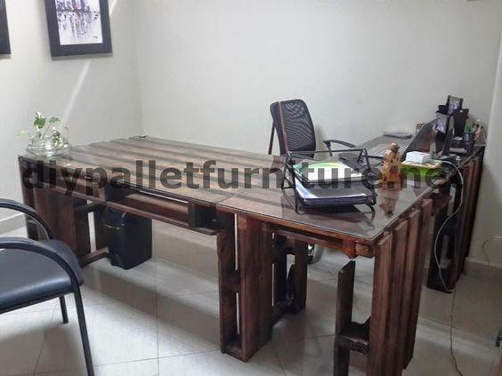 en Ecuador utilizan consecuentemente solo muebles hechos con palets