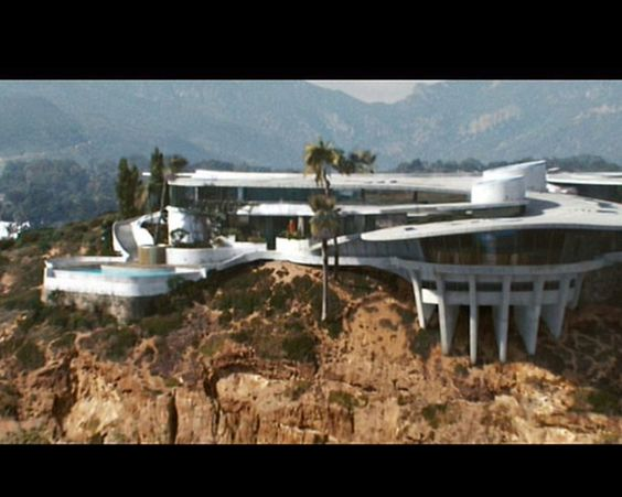 Tony Stark 39 S House In Malibu He Is Iron Man Pinterest
