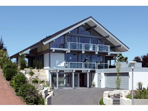 Kundenhaus Rosenberg - Einfamilienhaus mit Einliegerwohnung (ELW) / #Zweifamilienhaus von DAVINCI HAUS GmbH & Co. KG | HausXXL #Mehrgenerationenhaus #modern #Satteldach