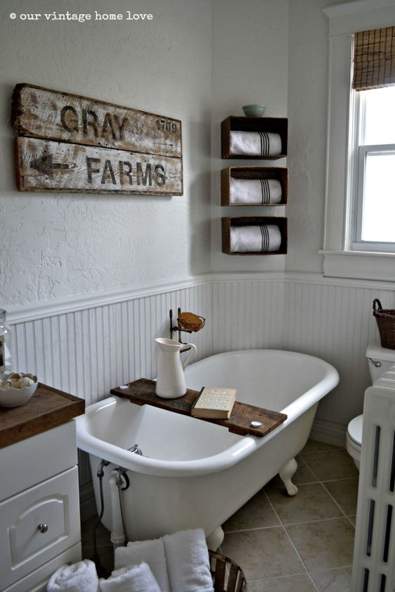 Farmhouse bathrooms farmhouse and bathroom on pinterest for Cottage bathroom ideas renovate