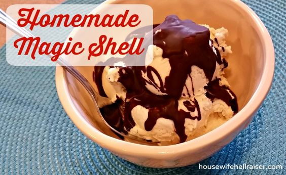 Instant Magic Shell with Chocolate Chips - amazing recipe to make your own! So much better than store-bought!