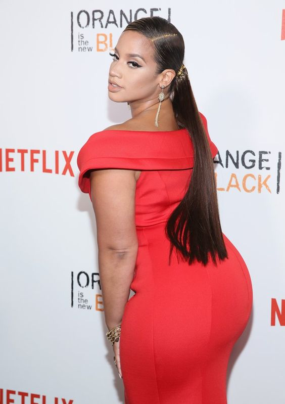 Pin for Later: The Latinas of OITNB Had a Freaking Blast at the Red Carpet Premiere Dascha Polanco: