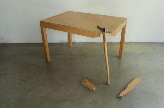 Tafel.01 by Belgian designer Lennart Van Uffelen