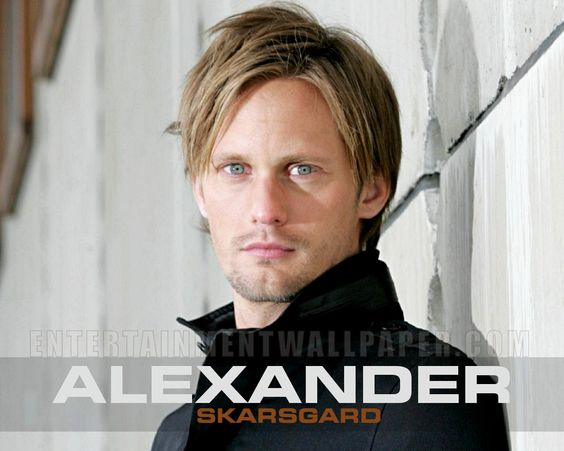 In my Cougar land: Alexander Skarsgard