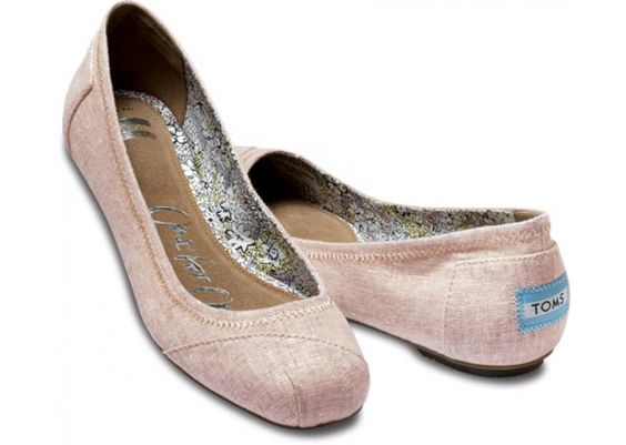 Natalia Rose Linen Ballet Flats by toms:Also available in natural and grey.  #Flats #Ballet_Flats #Linen #toms
