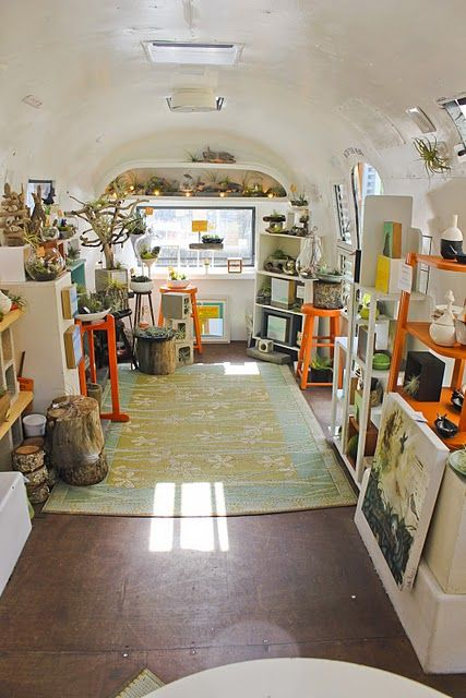store in an airstream. A travel-capable store??!?! perfect for festivals