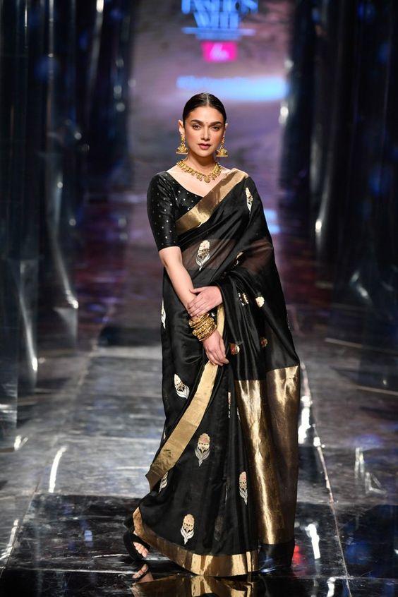Lotus Make up India Fashion Week Autumn/Winter 2019 - Grand Finale