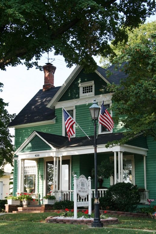 Bed and breakfast, Indiana and Victorian on Pinterest
