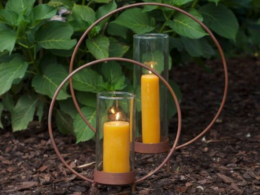 too fun! loving these hoop candle holders!