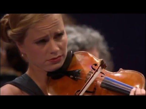 Julia Fischer - Violin Concerto in A Minor, Op. 53 (Antonin Dvorak) - YouTube - points at 9.00 and 15 and 28