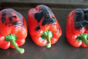 It's cliche, I know: but once I learned how to roast my own red peppers, I've never gone back to store-bought. And I can pretty confidently say I never will. The taste of red peppers roasted in your own oven is beyond compare. Fresh, smoky, and rich, roasted red peppers are so easy to make using