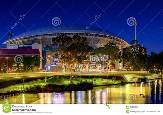thumbs.dreamstime.com z adelaide-oval-river-torrens-foot-bridge-night-long-exposure-effect-south-australia-january-view-place-one-55296931.jpg