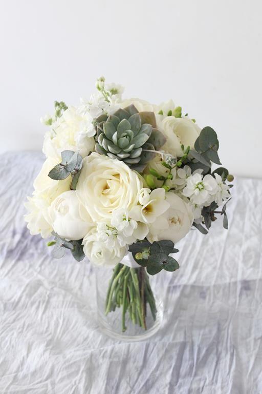 Bukiety Slubne Bukiety Swiadkowych I Druhen Muscari Silk Flowers Wedding Silk Flower Wedding Bouquet Wedding Bouquets