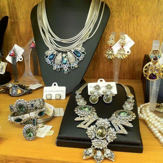 Conheça a Nilla Accessories e sua coleção de luxos exclusivos, todos assinados por renomados designers: http://bit.ly/1P2u4ma