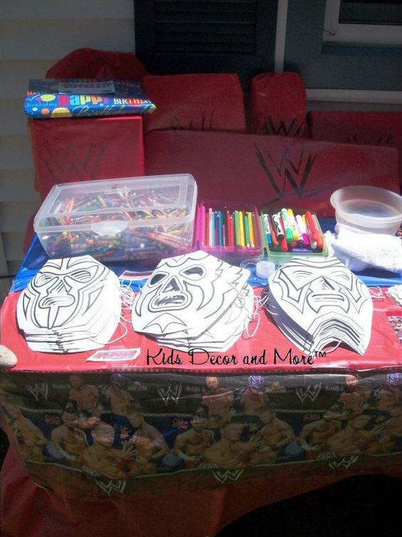 WWE party face masks color DIY birthday boy