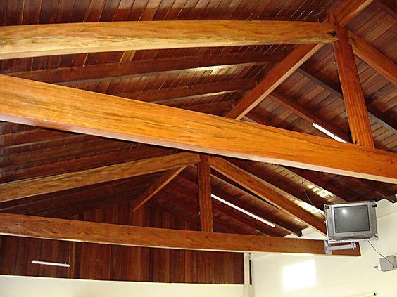 estrutura telhado com madeira aparente churrasqueira - Pesquisa Google