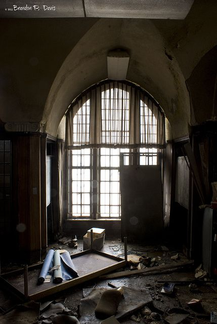 Abandoned Mark Twain Branch Detroit Public Library Bpdphotography Abandoned Detroit Abandoned Houses Abandoned Factory