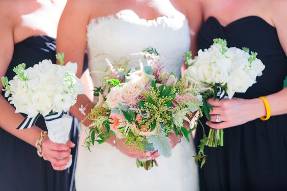 Photography: Hunter McRae Photography - huntermcraephotography.com Floral Design: A Floral Affair - afloralaffairhhi.com Event Planning: Embellished Events - embellishedweddings.com  Read More: http://www.stylemepretty.com/little-black-book-blog/2014/01/22/8-tips-to-beautiful-wedding-flowers-on-a-small-budget/