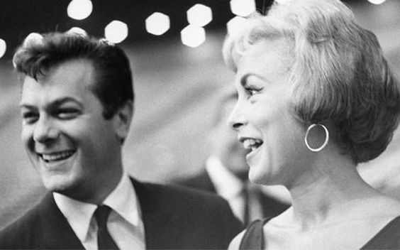 photo Bernie Abramson Janet Leigh, Tony Curtis